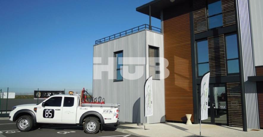 location atelier h tel d 39 entreprises parc ecomotiv de vend e. Black Bedroom Furniture Sets. Home Design Ideas