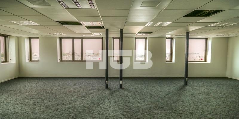 bureau open space en location caen rives de l 39 orne. Black Bedroom Furniture Sets. Home Design Ideas