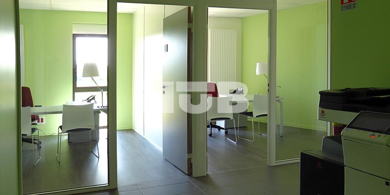 bureaux louer proche de bourges dans la ni vre cosne. Black Bedroom Furniture Sets. Home Design Ideas