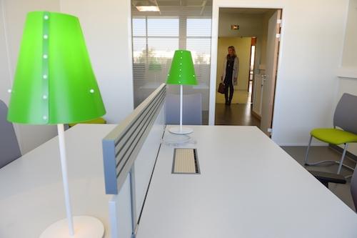 bureaux et open space en vente ou location. Black Bedroom Furniture Sets. Home Design Ideas